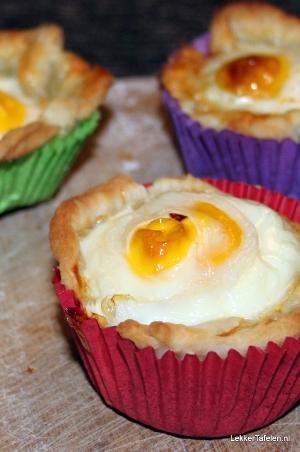 Eieren, gebakken in bladerdeeg  Eieren, gebakken in bladerdeeg