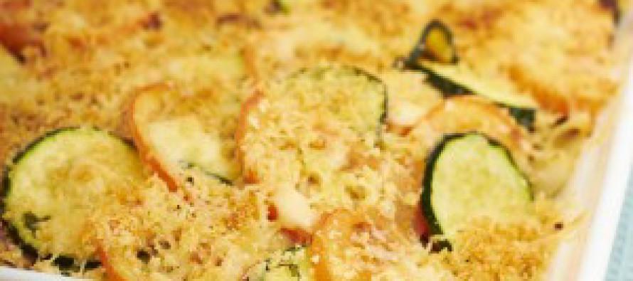 Aardappel-courgetteschotel met kaas
