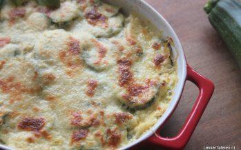 Verrukkelijke lasagne van kipfilet en courgette met een vleugje citroen