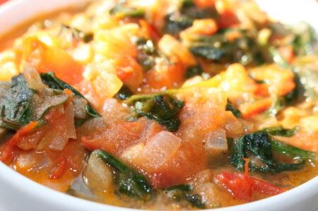 Verse Tomatensaus met spinazie