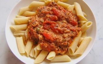 Snelle pasta met tonijnsaus