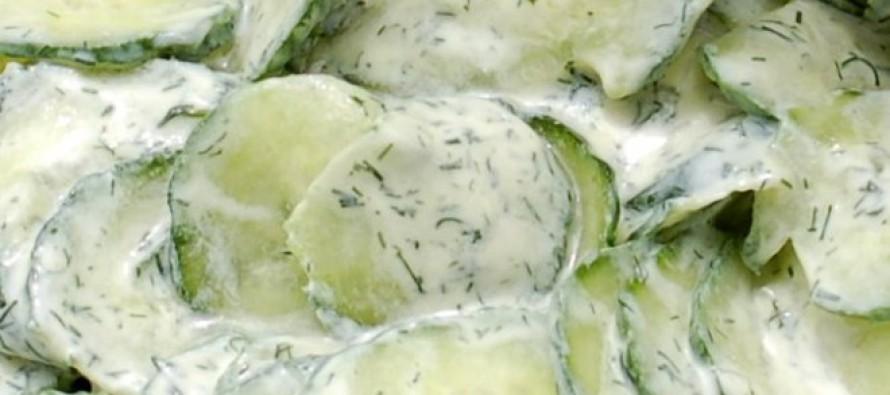 Romige komkommersalade met verse dille