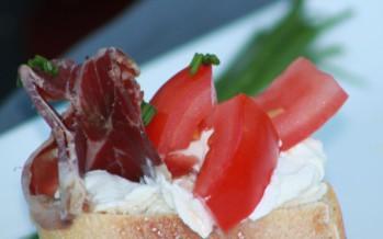 bruschetta-herderham-tomaat