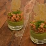 Avocadocrème met Hollandse garnalen en een Parmezaankoekje