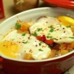 Spaanse Huevos a la Flamenca ; Zigeunerpotje met eieren, paprika en chorizo