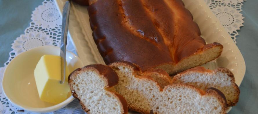 Duivekater, een zoet zacht brood uit de Zaanstreek
