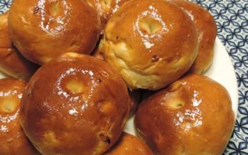 Ricotta honing broodjes, lekker zoete broodjes bakken