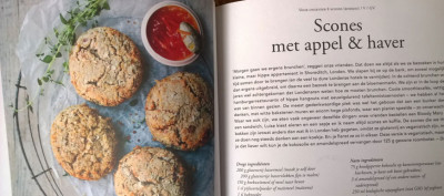 The green kitchen travels Appel-haver-scones
