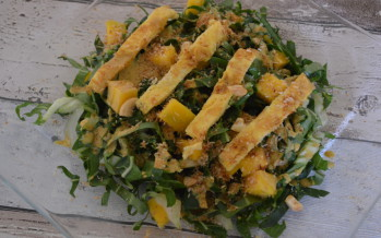 Frisse paksoi salade met oosters tintje