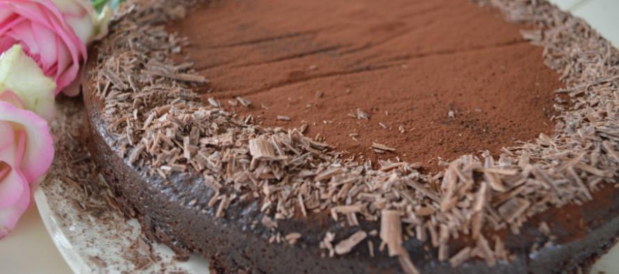 Chocolade desserttaart, een droom voor chocoladeliefhebbers