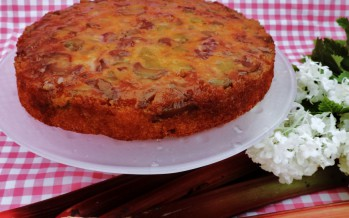 Upside down rabarber taart