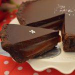 Chocoladetaart, met chocolade en licht gezouten karamel
