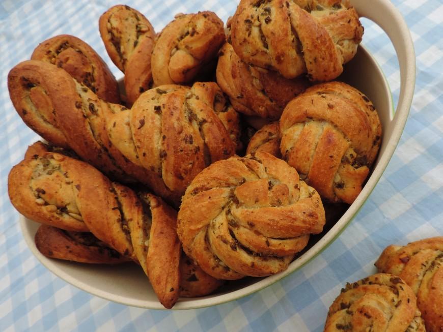 Hartige olijvenbroodjes