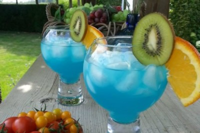blue lagoon cocktail recept