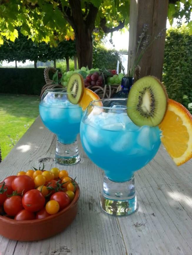blue lagoon cocktail recept
