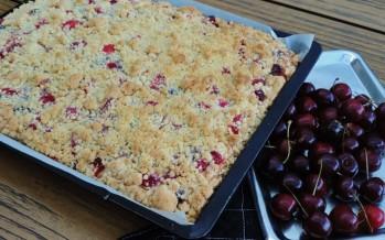 Streusel kuchen met zomerfruit