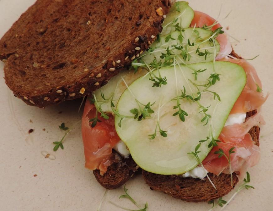 gezonde sandwich met peer