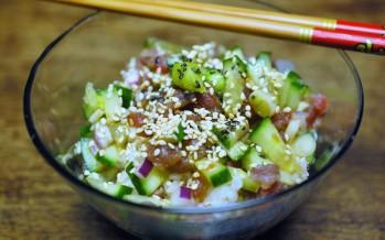 Vier poke recepten; het beste uit Hawaï - en Japan  Vier poke recepten; het beste uit Hawaï - en Japan  Vier poke recepten; het beste uit Hawaï - en Japan