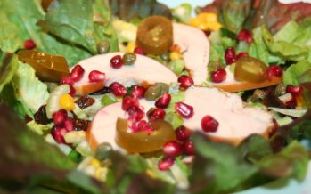 Eikenbladsla salade met gerookte kip en meer