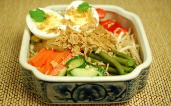 Gado Gado; kleurrijk Indonesisch comfort food