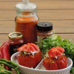 Gevulde coeur de boeuf tomaat met couscous
