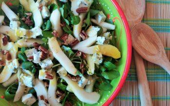 Waterkerssalade met peer, Gorgonzola en pecannoten