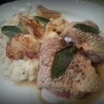 Saltimbocca en bloemkoolrisotto; Een bordje uit de Italiaanse keuken