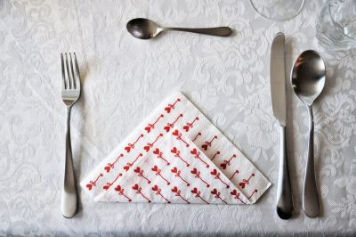 tafel-dekken-3-gangen-couvert