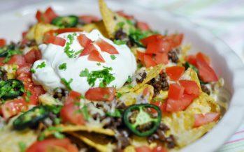 Nachos, gehakt en homemade Mexicaanse kruidenmix