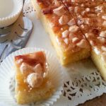 Plaatcake met courgettejam en meringue
