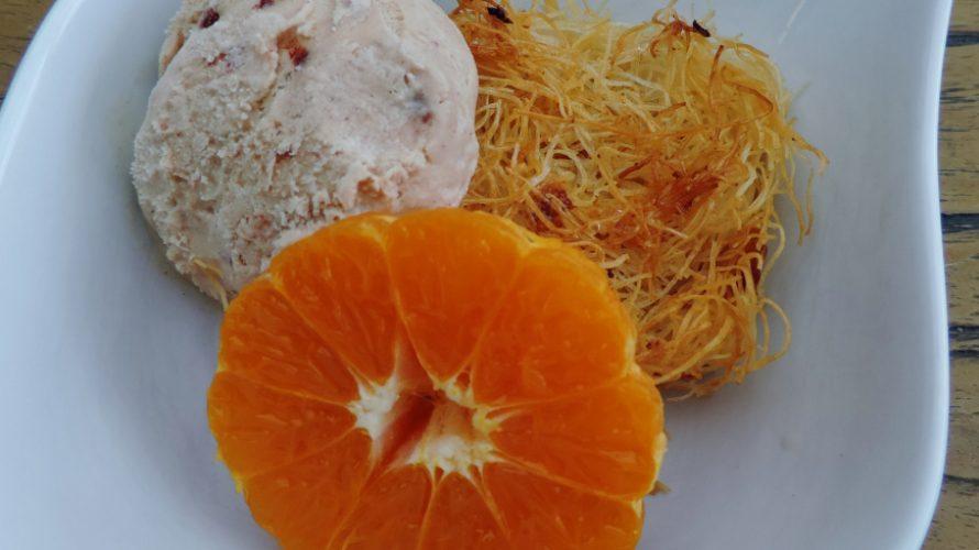 Dronken mandarijntjes op een krokant bedje