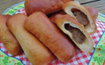 Worstenbroodjes uit eigen oven