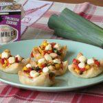 Bladerdeeg groentehapjes met knoflook cheese crumbles