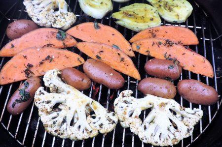 Bloemkool en venkel van de Barbecue