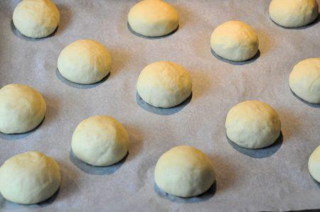 Slider broodjes maken bolletjes