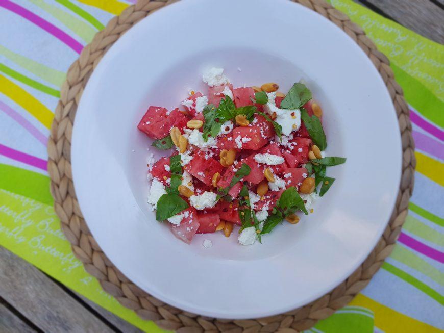 Watermeloen salade, feta en basilicum