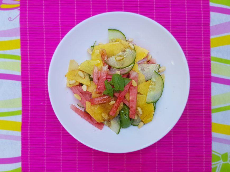 Watermeloen salade, perzik en komkommer