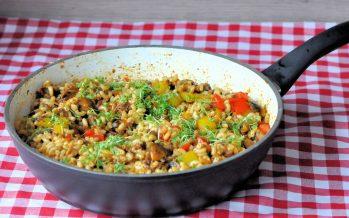 Macaroni met gehakt en paprika