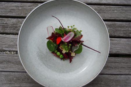 Salade van gepofte rode bieten