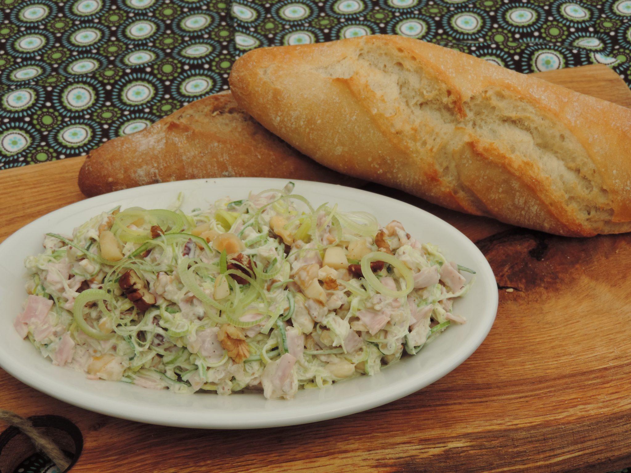 Ham-prei salade met noten