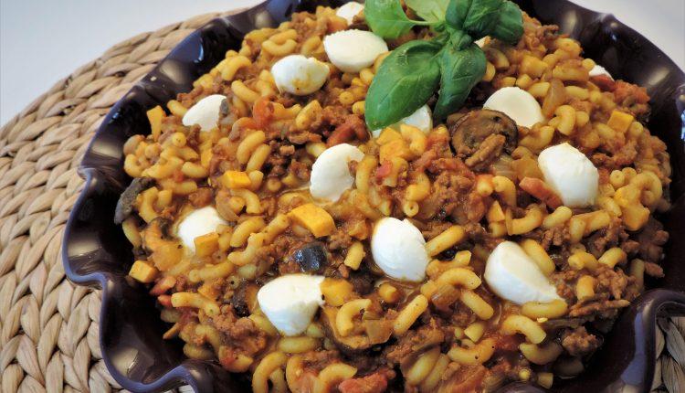 Macaroni met aubergine en ras el hanout