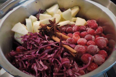 Rodekool met appel en cranberry