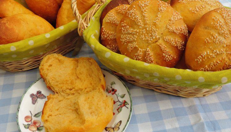 Zachte broodjes met zoete aardappel