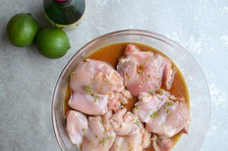 Zoetzure marinade voor kip