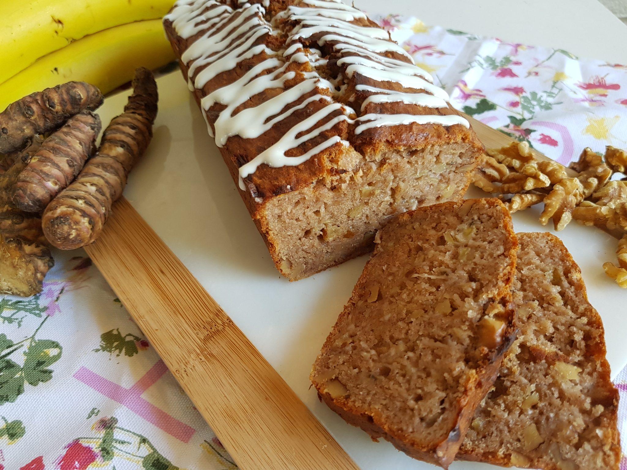 Bananenbrood met aardpeer en walnoot