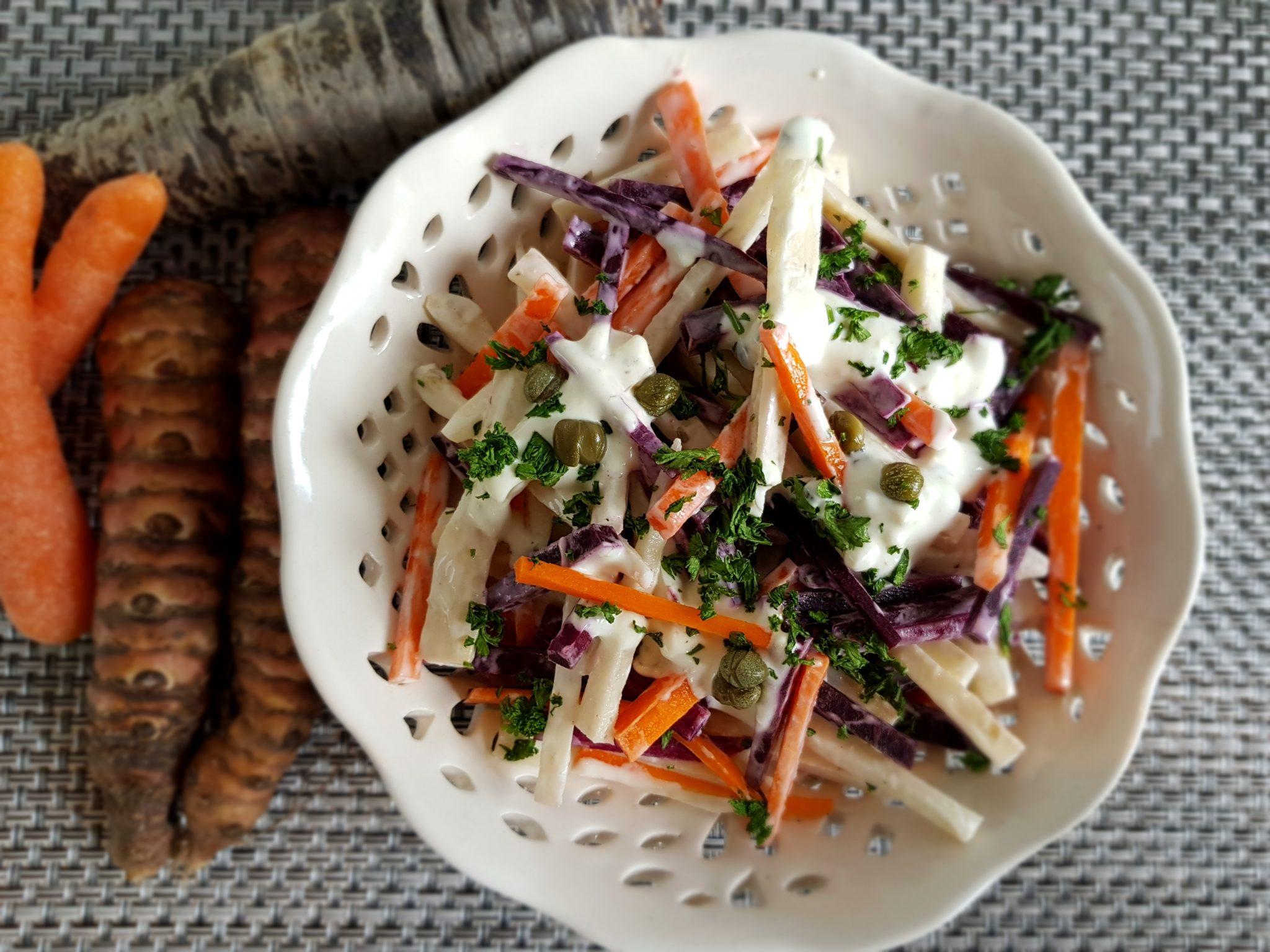 Salade met aardpeer en wortel
