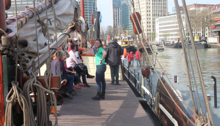 Culinaire zeiltocht Helena Rotterdam Asperges Zeilboot Oudste zeilschip De Oosterschelde 8432