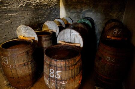 30-50 jaar oude Schotse wiskybarrels