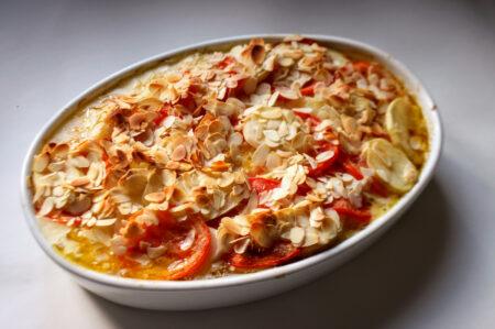 kip ovenschotel met aardappel en tomaat