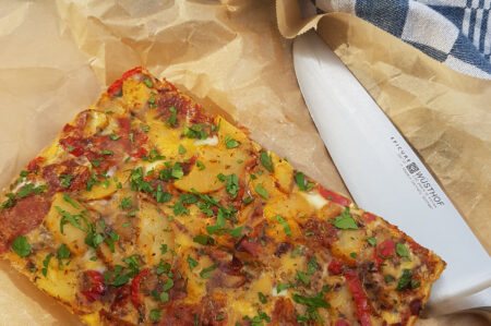 Spaanse tortilla met chorizo en serranoham recept